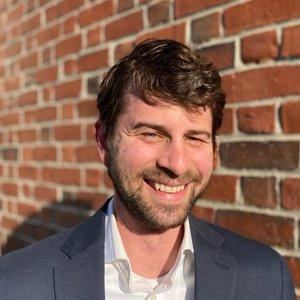 Ben Sommer Headshot.jpg