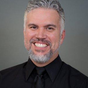 Derek Niño