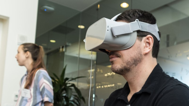 Walmart-Virtual-Reality-Training-JFF.jpg