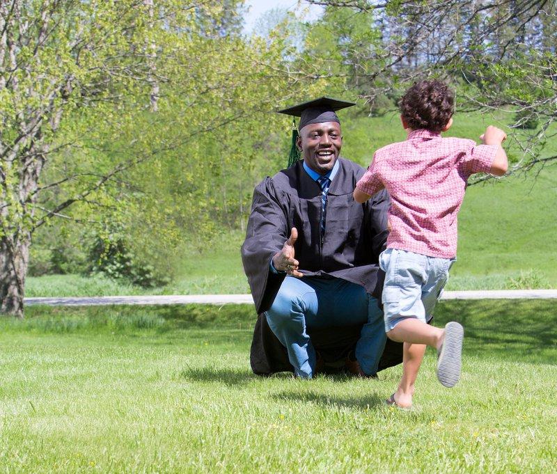 Graduate_dad_Son_smartpoliciespage